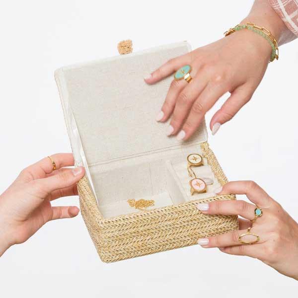 6 conseils pour conserver l'éclat de vos bijoux